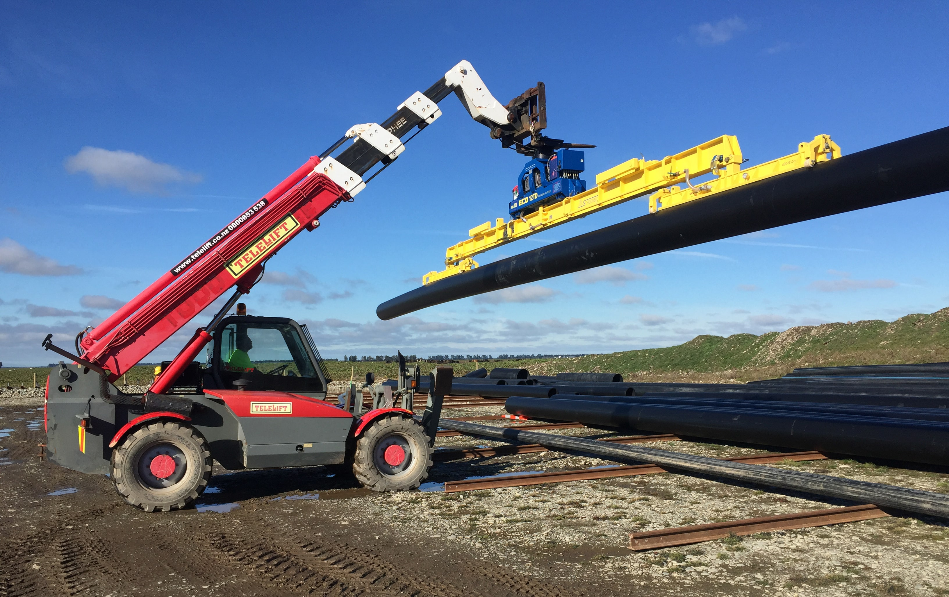 International-Pipeline-Services_vacuum-pipe-deployment